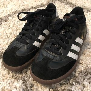 Adidas Samba Classic Soccer Shoe - Youth Size 3